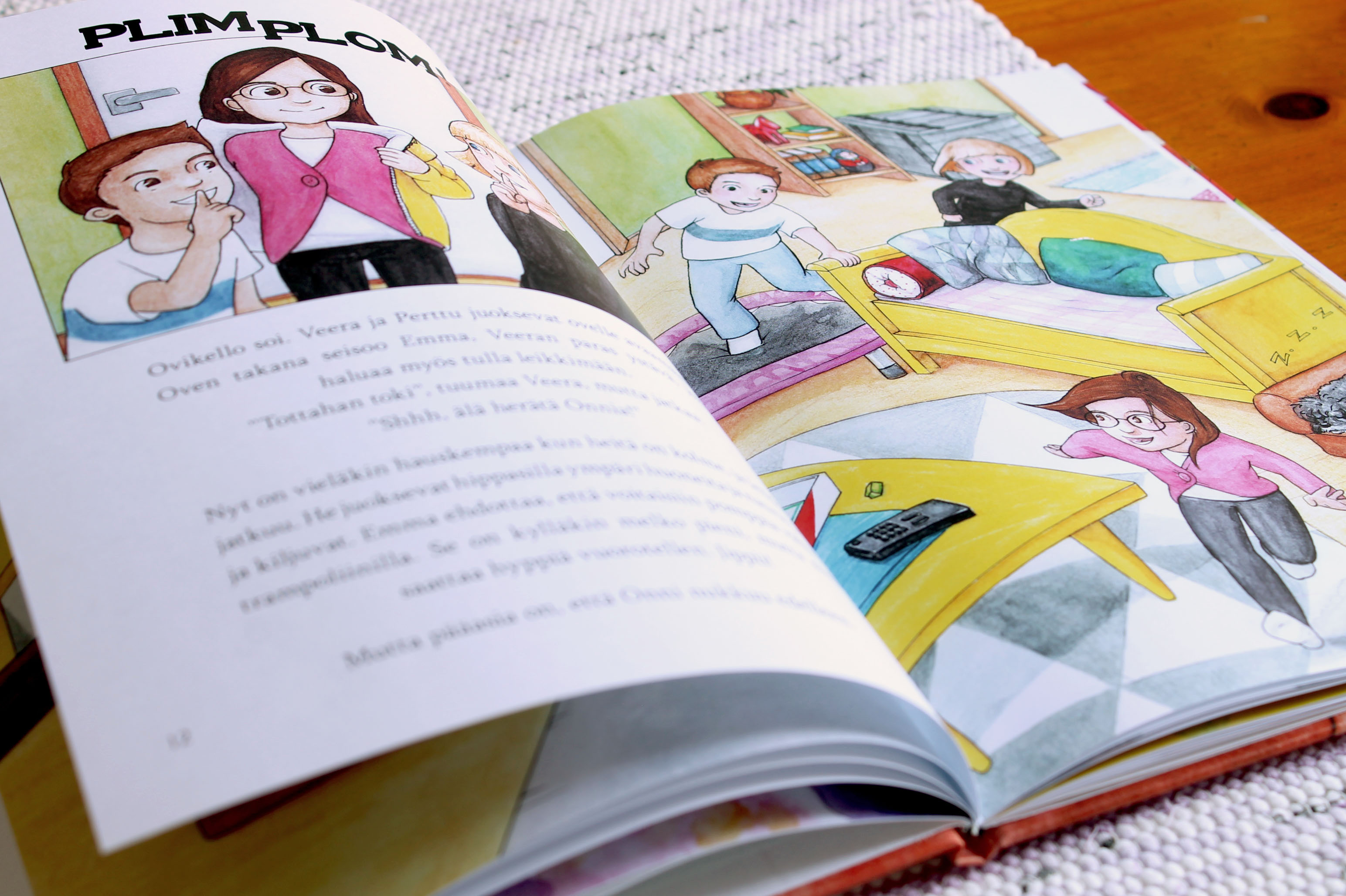 Omakustanne lastenkirja, Helena ja Hanna-Riikka Kontinaho